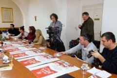 Na konferenciji za novinare najavljen Advent u Bjelovaru 2017., a predstavili su ga gradonačelnik Grada Bjelovara Dario Hrebak i direktorica Turističke zajednice Bilogora-Bjelovar Ana Kelek, 27. prosinca 2017., mala vijećnica Grada Bjelovara FOTO: Grad Bjelovar www.bjelovar.hr