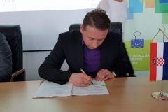 Potpisan Ugovor za Projekt odvoji po boji, 15. svibnja 2018., Zagreb, Fond za zaštitu okoliša i energetsku učinkovitost FOTO: Grad Bjelovar https://www.bjelovar.hr/