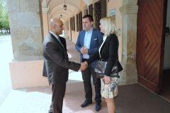 Nj. E. gospodin Sandeep Kumara, veleposlanik Indije, posjetio Grad Bjelovar, 23. travnja 2018. FOTO: Grad Bjelovar https://www.bjelovar.hr/