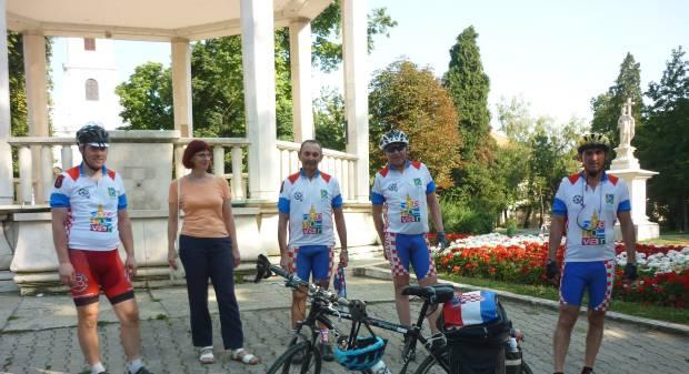 Biciklističkim maratonom obilježen Dan pobjede i domovinske zahvalnosti 2013., 3. kolovoza 2013., središnji gradski park u Bjelovaru FOTO: Ljiljana Balažin www.bjelovar.hr