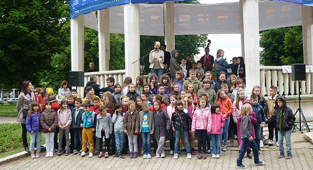 U povodu 40. obljetnice rada bjelovarske IV. osnovne škole održan je prigodan program na bjelovarskom paviljonu, 14. svibnja 2014., FOTO: Ljiljana Balažin www.bjelovar.hr