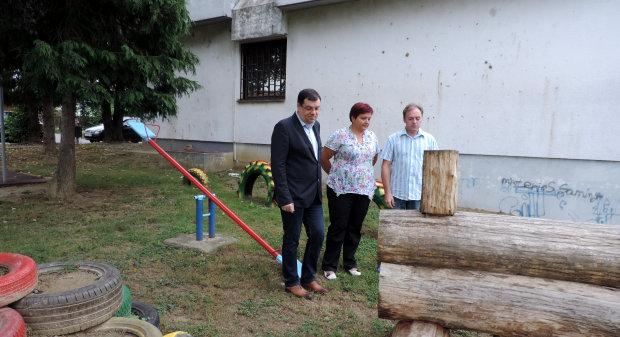 Na konferenciji za novinare predstavljen projekt Igralica, uređenje dječjeg igrališta i doma Mjesnog odbora Stjepan Radić u Bjelovaru FOTO: Ljiljana Balažin www.bjelovar.hr