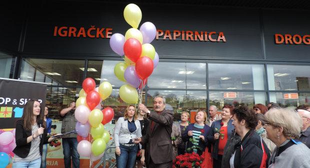 Otvorenje trgovačkog centra Stop & Shop, 14. travnja 2016. FOTO: Dubravka Dragičević www.bjelovar.hr