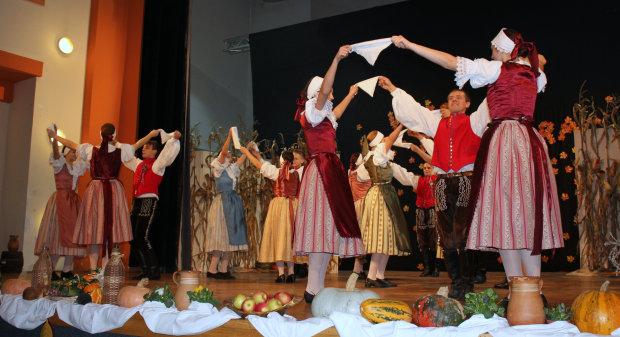 Večer folklora 2016. u organizaciji Češke obeci, 22. listopada 2016., Dom kulture u Bjelovaru FOTO: Kristina Turković www.bjelovar.hr
